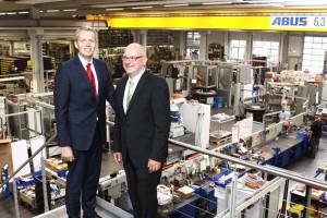 Bild: Geschäftsführer der Berger Gruppe Dr. Andreas Groß (links) und Marco Chiesurav